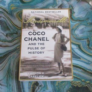 Mademoiselle: Coco Chanel & The Pulse of History